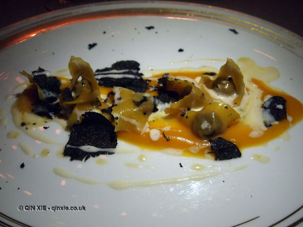 Duck tortelli with black truffle at Apsley's, The Lanesborough Hotel