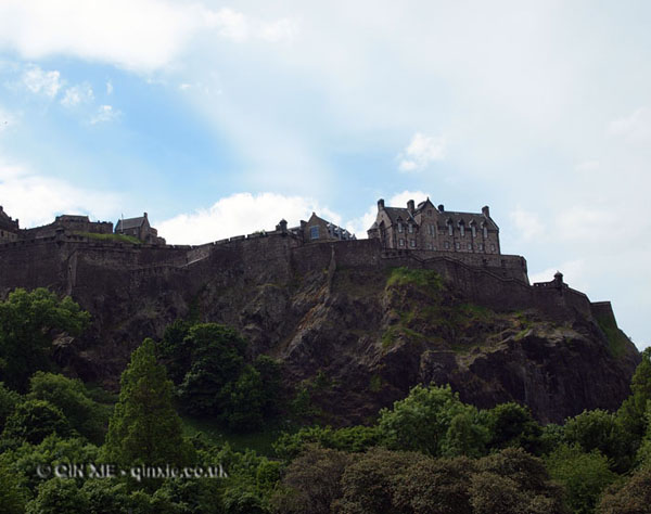 Edinburgh castle by Qin Xie